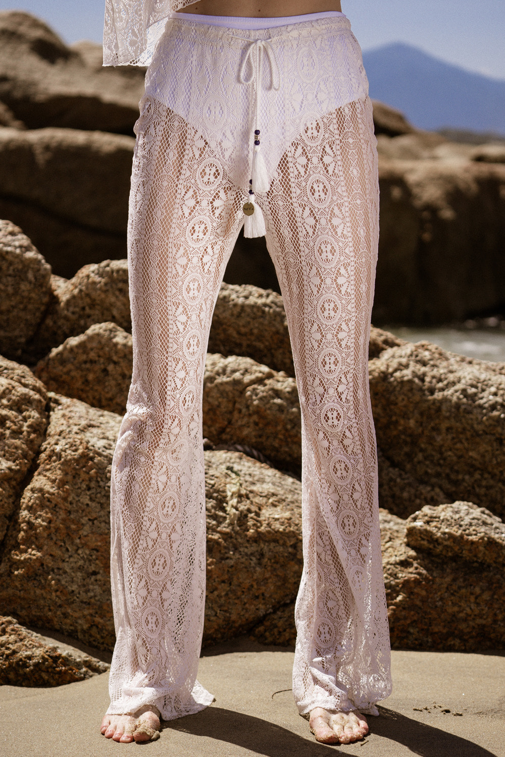 Tassel Lace Banding Pants [White]