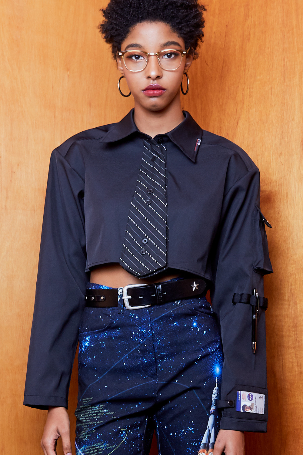 Necktie Pocket Crop Shirt [Black]